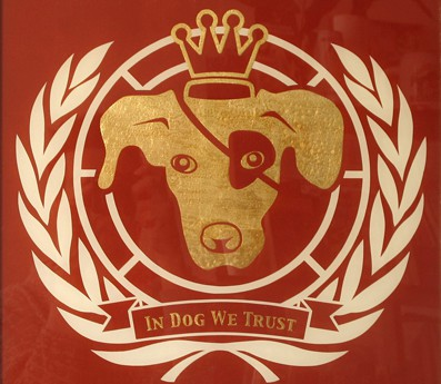 in dog we trust_b